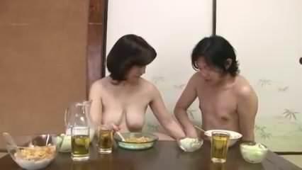 完全に裸の母と息子-xHamster▶1:26:57