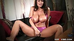 Lisa Ann Orgasms in a BIG Way