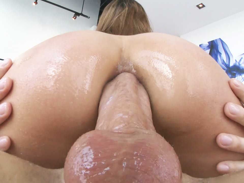 Moka Mora butt fuck