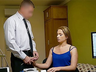 Loank Bewitching College Girl Sells Her Smooth Pussy For