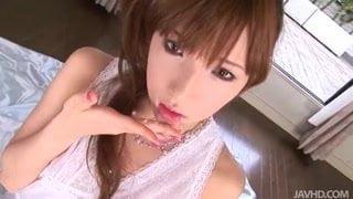 早川瀬里奈 スレンダーなきれい系のお姉さんが濃厚フェラでたっぷり口内発射させてくれます