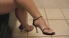 Pretty Armenian Toes 1
