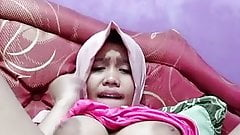 Hot asian tudung, hijab, jilbab slut playing herself 18