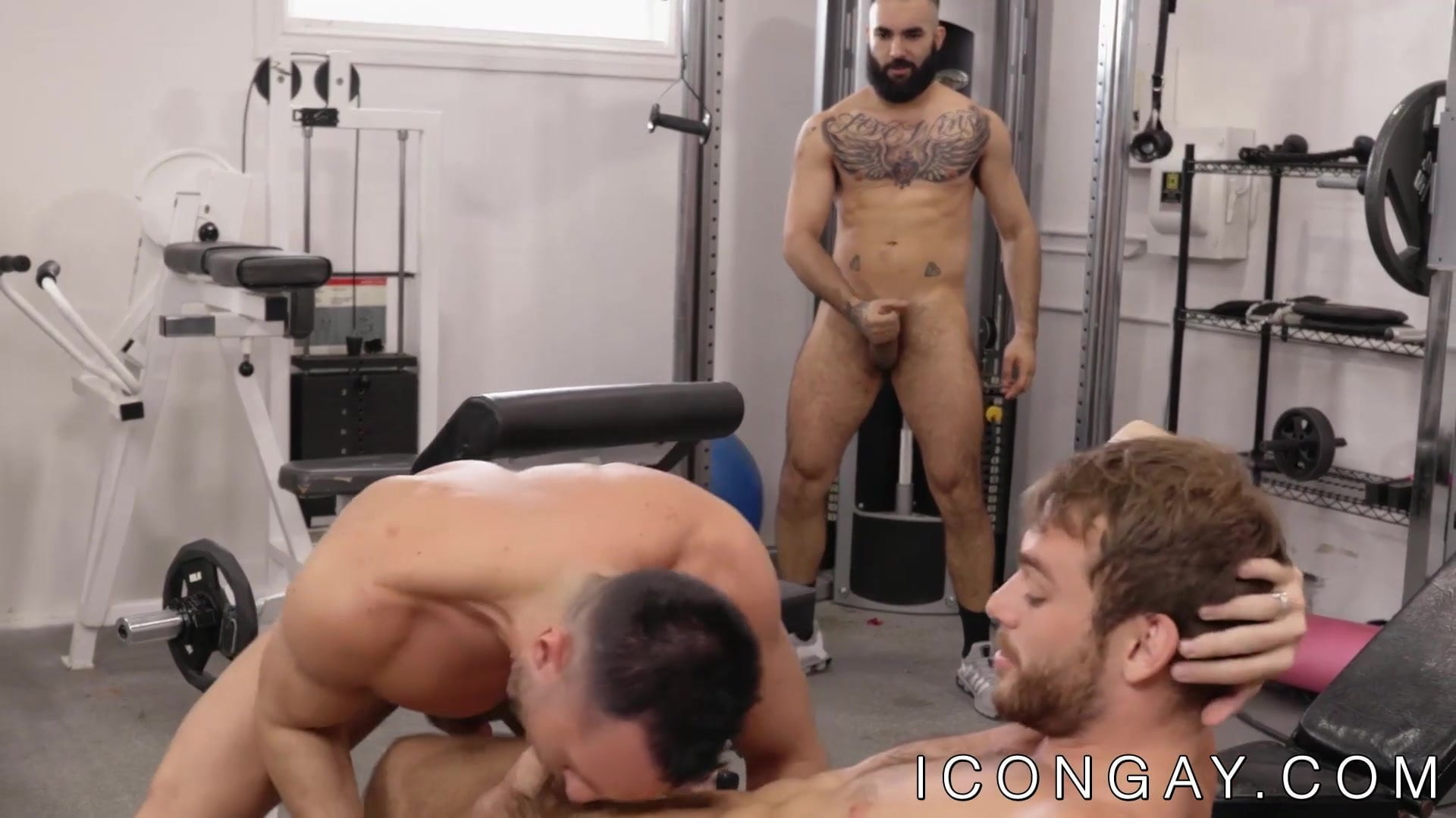 Three muscular gays rimming and anal banging on the health club