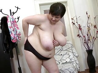 Sexy mature mothers need a good fuck