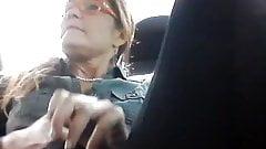 mi novia en el auto