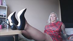 chubby fat blondie white pantyhose