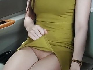 And again, she show pussy to taxi driver during taxi