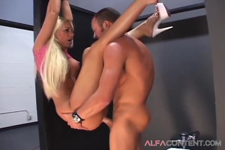 Hot Blonde Babe Fucked And Jizzed On
