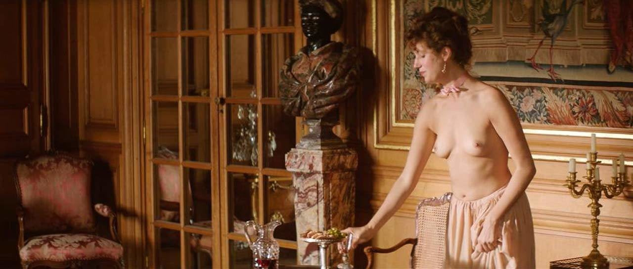 girls-jeanne-moreau-nude-vergara-fake