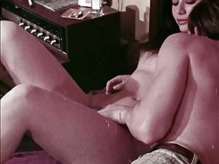 Preview 2 of Carnal Go-Round (1972) (USA) (eng) (1of2)- xMackDaddy69