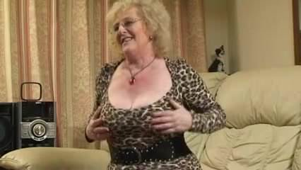 Free download & watch claire knight analised by bbc         porn movies