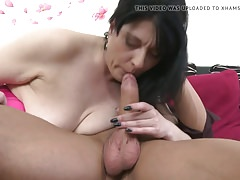 Real amateur mom suck and fuck young boy