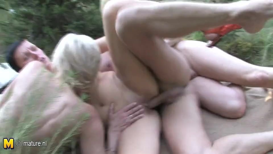Mature ansd young sex