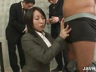 Yuuna Hoshisaki servicing her horny bosses needs