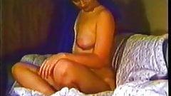 Kay VLC0469 Vintage tease