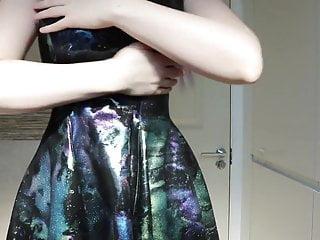 Oiling up my Yummy Gummy dress