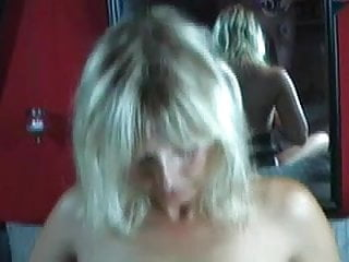 HotVivien - Titten mit dem Schwanz geschlagen und besamt