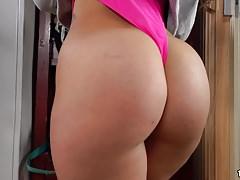 Anal Fucking with Kelsi Monroe