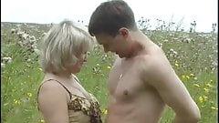 Nude girls peeing pics