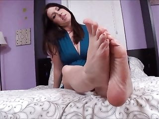 Milf Mom Foot Joi