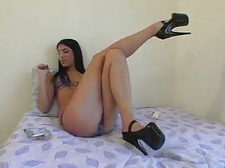 Download video bokep brodi's smoking fetish Mp4 terbaru