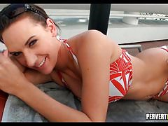 Perving on Pool Girl