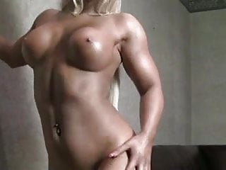 Amazon Babe With Incredible Body For Your Pleasure