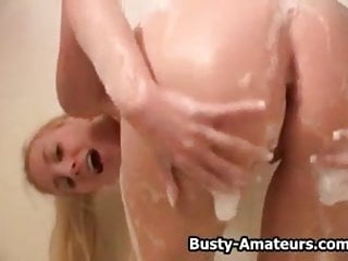 Busty Autumn playing her tits in the bath tub