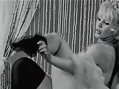 Marquis de Sade 1967 (striptease)