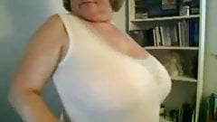 Big Tit Mature Milf Teasing On Cam