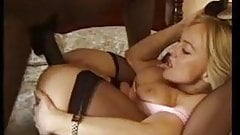 Texan MILF Get Black Cock in London
