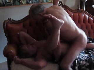 A new lover, at home for Cum services