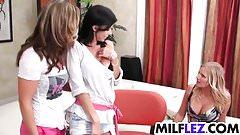 Wild lesbian MILFs threesome