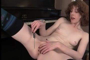 goth girl masturbating
