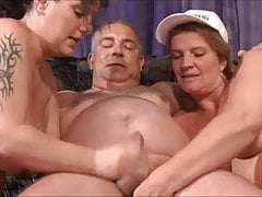 German Fat Milfs threesome Part 2