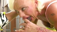 Hairy mature mother gets her old twat filled with jizz