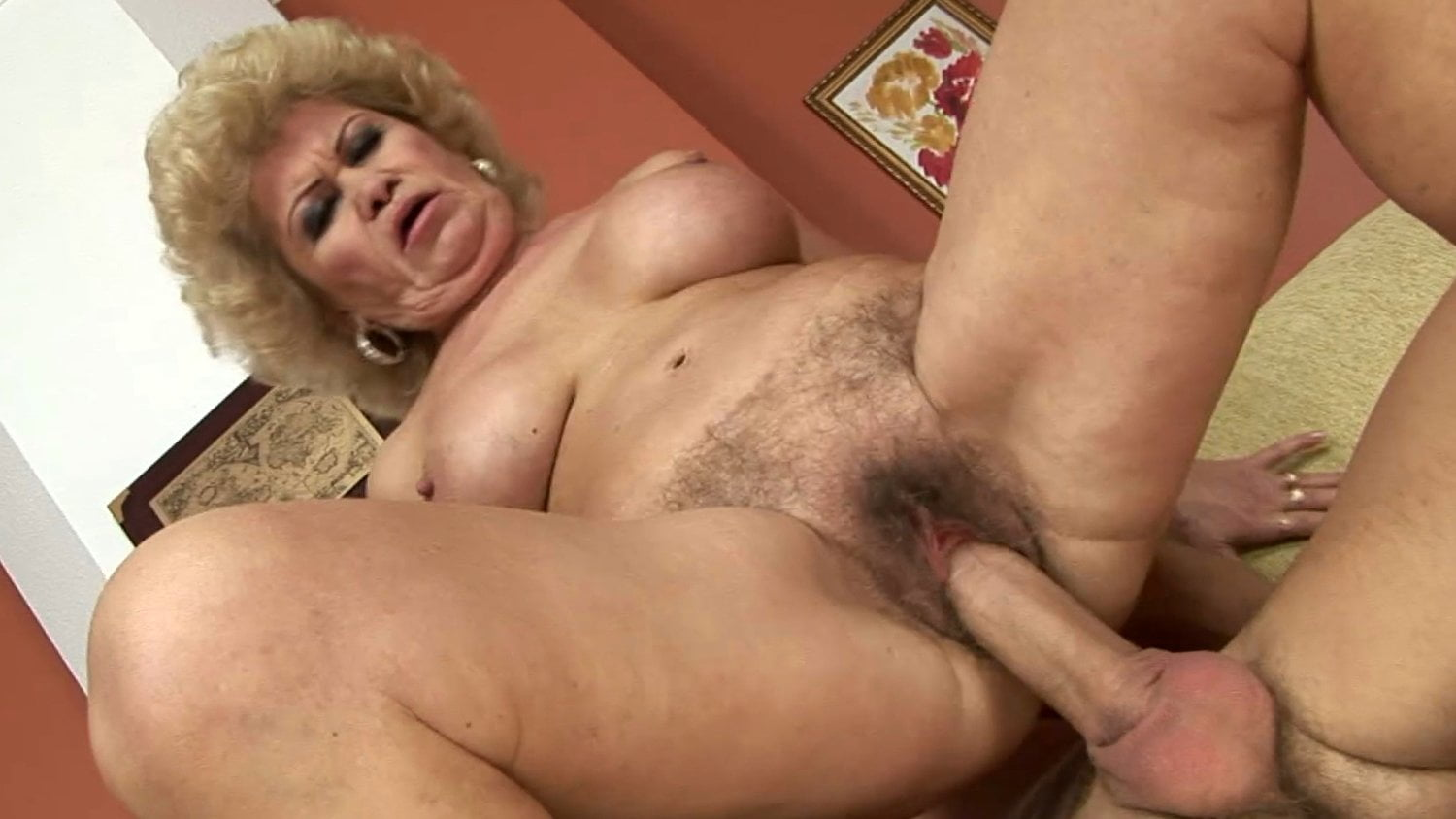 Man lick woman squirt