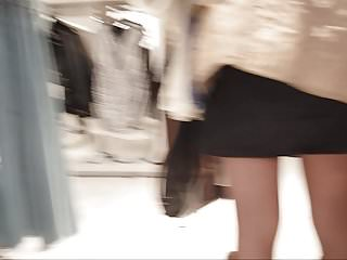 Download video bokep Sexy shopper in black pantyhose and boots Mp4 terbaru