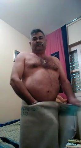 masturbandose en la ducha osos gays