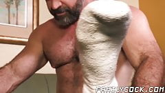 Hard cumming stepson tries out clothes before bareback