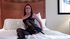 Ballbusting in the balls by a true bitch