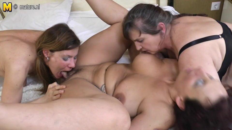 Baby knee wife spank hard lap