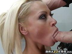 Brazzers - Milfs Like it Big - Revenge on a Gold Digging Slu