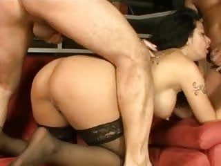 Download video bokep Hot Italian Pornstar Asia Morante Gangbang Mp4 terbaru