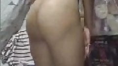 PINAY MILF show how wet she is on cam