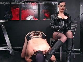 Leather Opera Gloved Dom Bootlicker