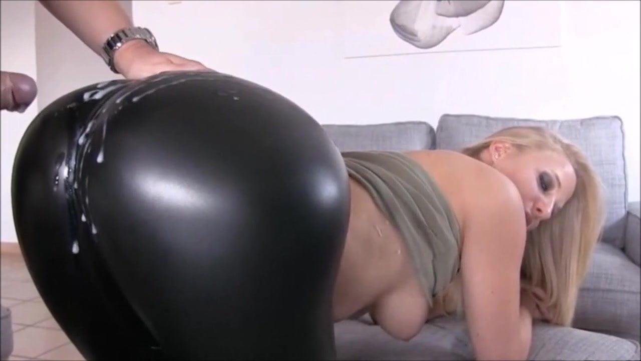 tight-leggings-ass-fuck-sex