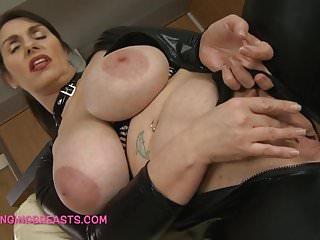 Lady Josephines splendid saggy tits