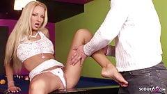 MEGA Foto Model Victoria bei Casting Fick und Sperma Füssen